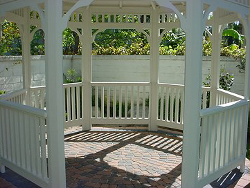 Take a look inside this 10′ Newport Gazebo.